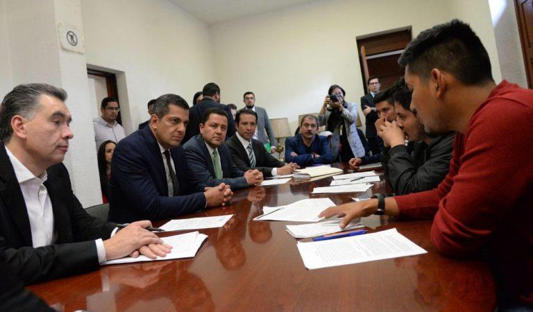 Priorizar la paz, intención del gobierno ante conflicto con normalistas