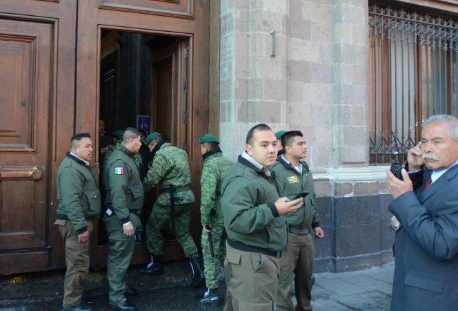 Evalúan crear cuerpo de seguridad para oficinas de gobierno