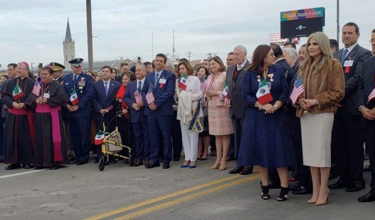 Conmemoran 'Ceremonia del Abrazo' en frontera de Laredo y Nuevo Laredo