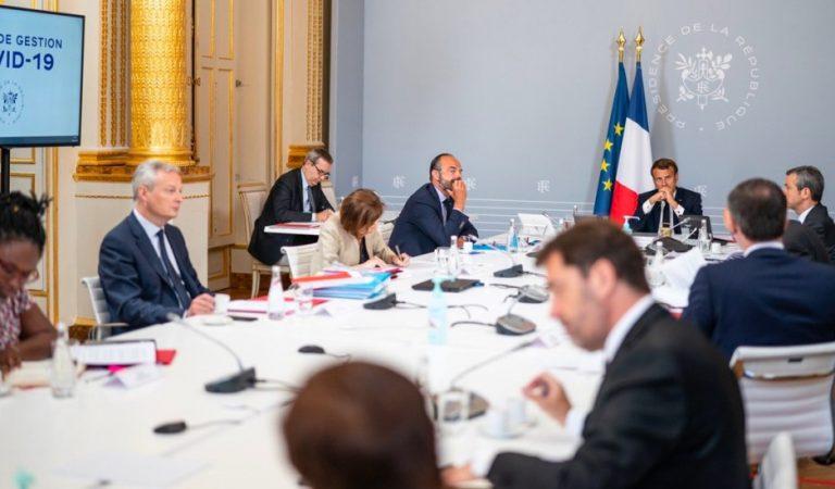 Macron pide respuesta colectiva a la crisis por COVID-19 y más solidaridad con África
