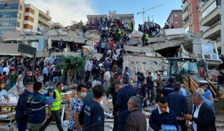 Sismo en Turquía deja al menos cuatro muertos y cientos de heridos