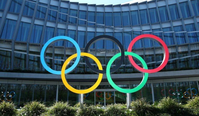 Primer Ministro japonés asegura que se realizarán Juegos Olímpicos, pese a aumento de COVID-19